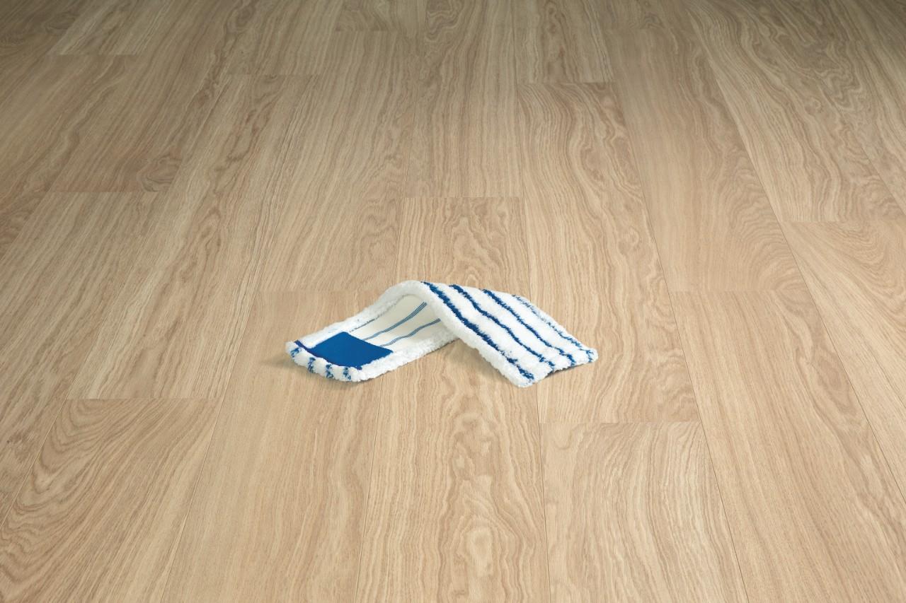 Limpiar Suelo Laminado Mercadona Cmo Quitar Araazos De Puertas Y  # Como Limpiar Muebles Niquelados