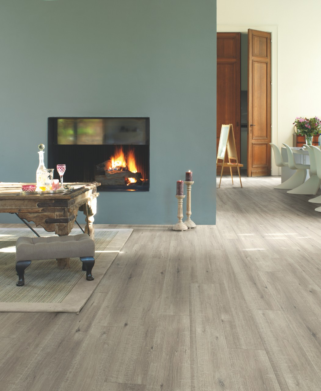 Light grey Impressive Laminate Saw cut oak grey IM1858