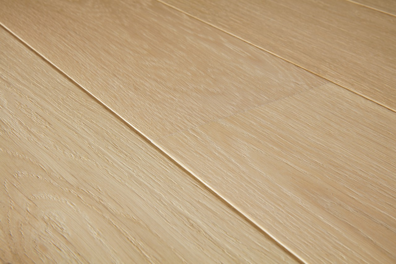 Cas1341s pure oak matt beautiful laminate wood for Quick step flooring ireland