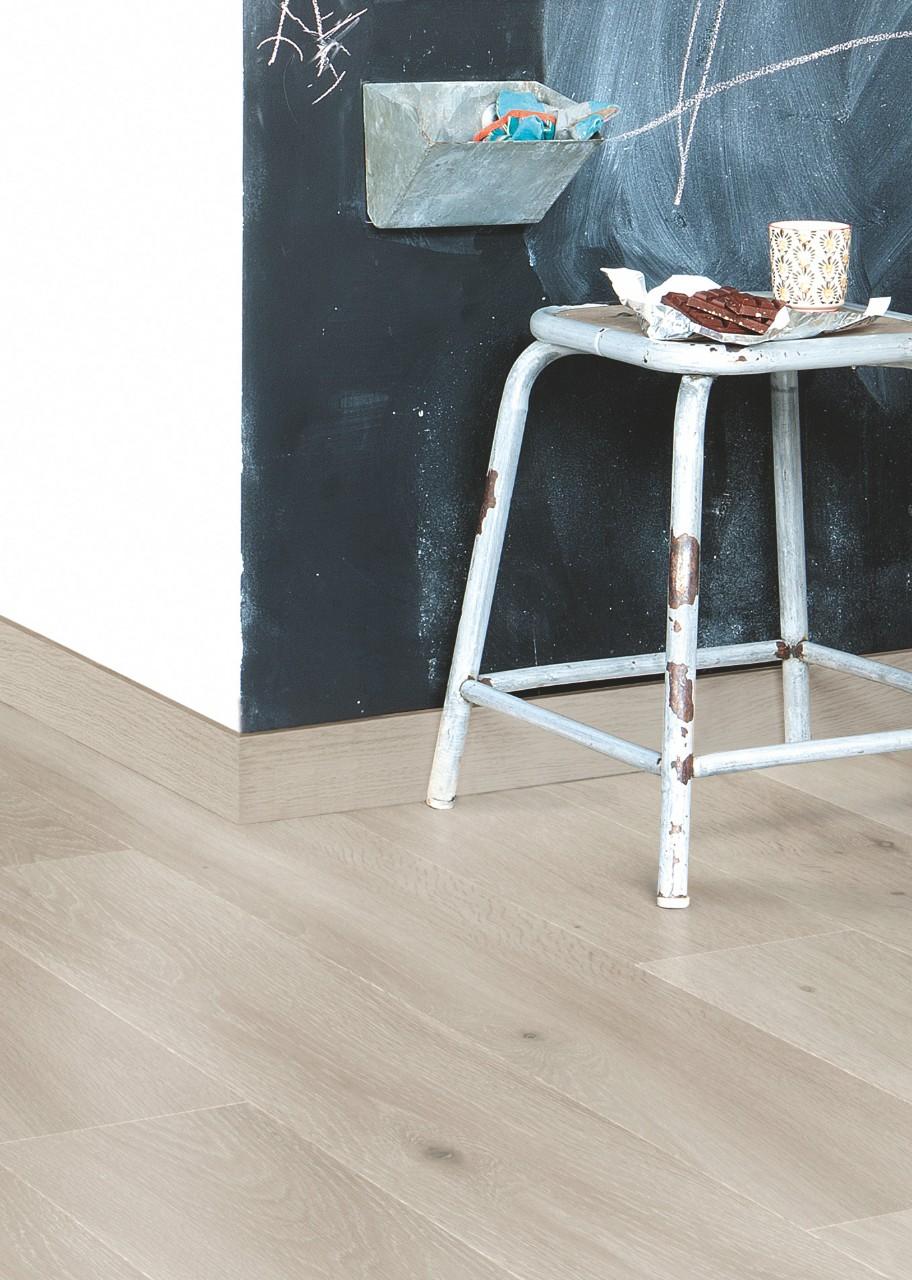 Parquet rovere grigio interesting parquet in multistrato for Parquet grigio chiaro