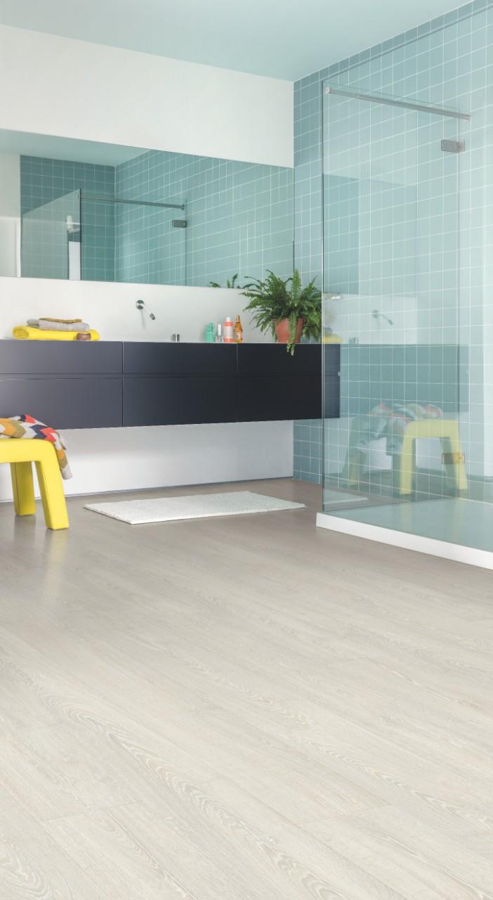 im3559 ch ne classique patin clair sols stratifi s. Black Bedroom Furniture Sets. Home Design Ideas