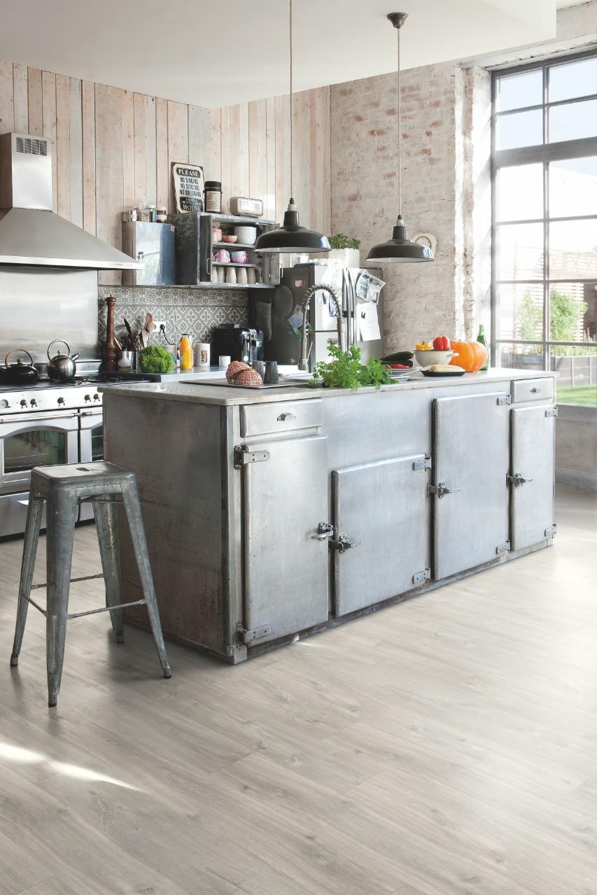 Light grey Balance Click Vinyl Canyon oak grey with saw cuts BACL40030. Quick Step flooring   Wood  vinyl and laminate floors   Quick Step