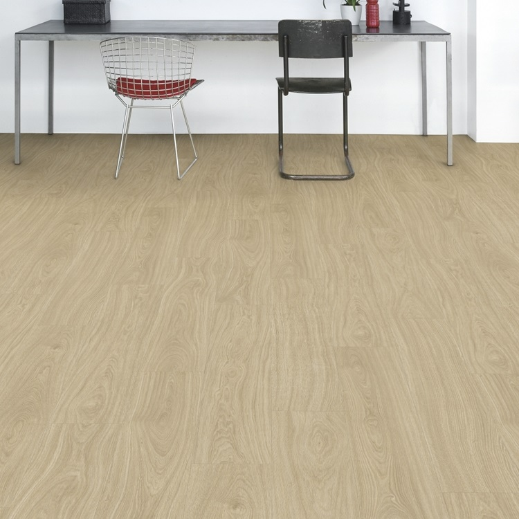 Natural Balance Click Plus Vinyl Contemporary oak light natural BACP40021