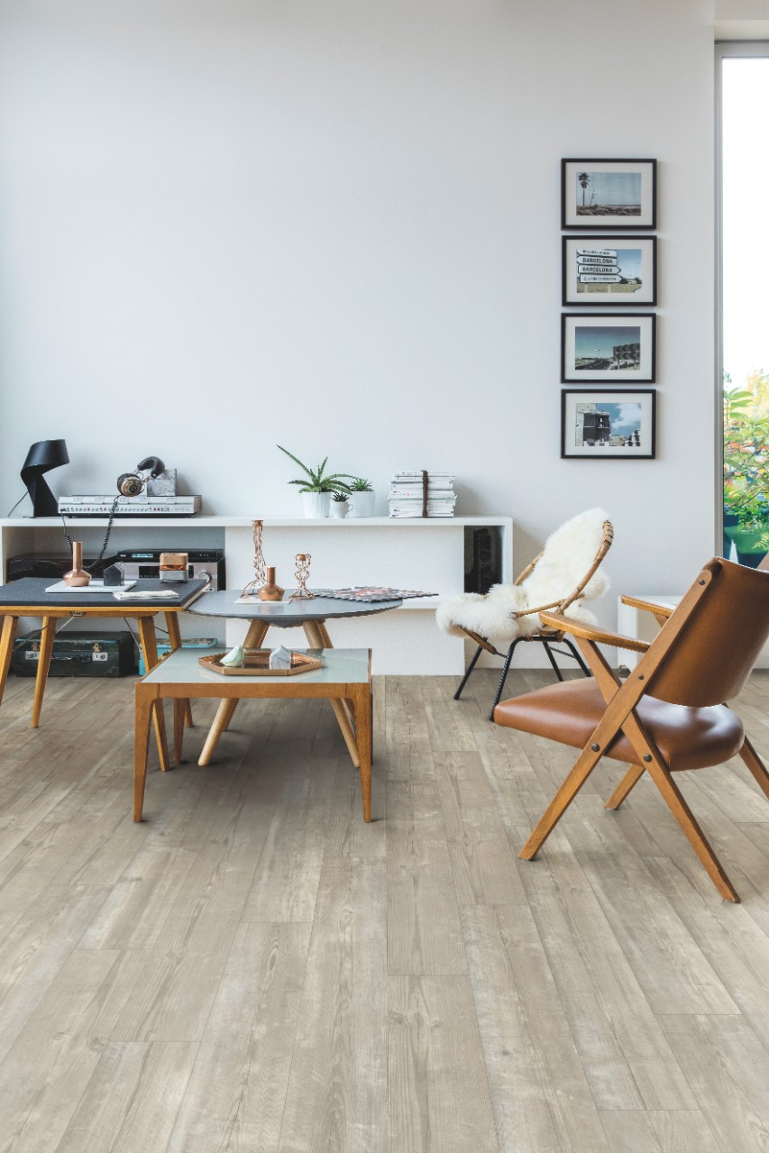 Pucp40074 morning mist pine beautiful laminate wood for Quick step flooring ireland