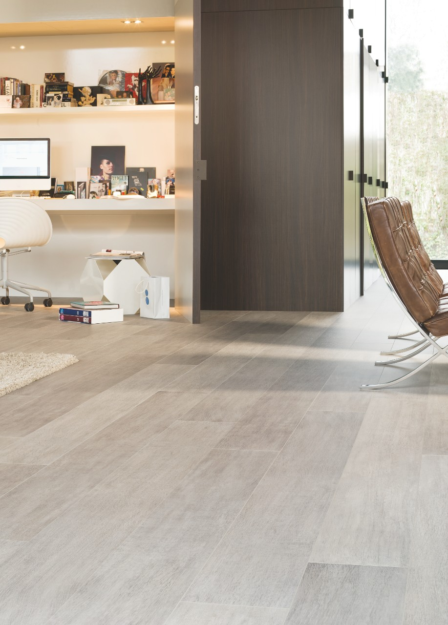 Lpu1505 Authentic Oak Beautiful Laminate Wood Vinyl Floors