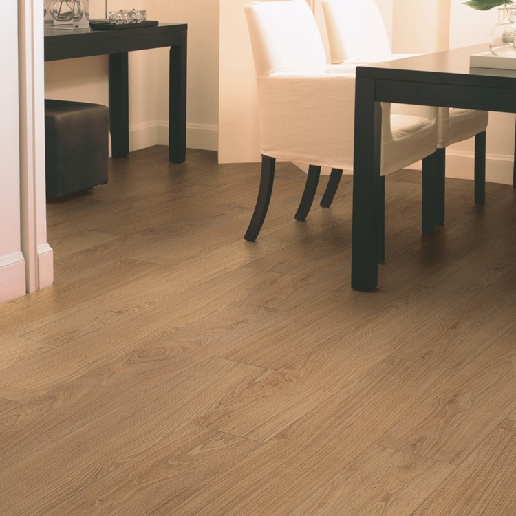 Natural Classic Laminate Natural varnished oak CLM1292