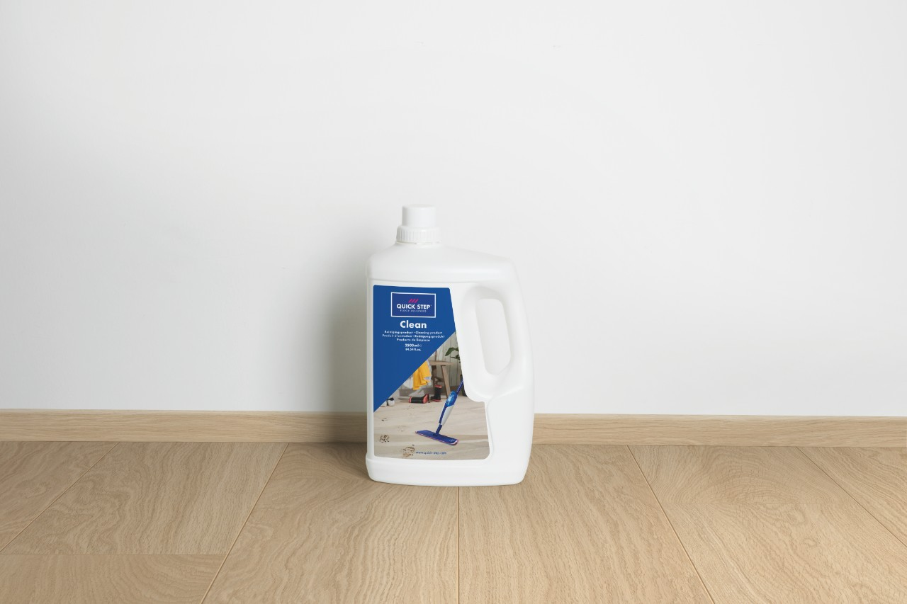 QSCLEANING2500 Laminaattilisävarusteet Maintenance Product 2,5L QSCLEANING2500