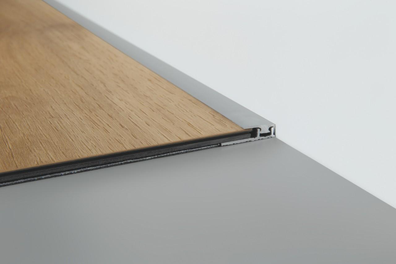 nez de marche pour plancher flottant latest style stair l with nez de marche pour plancher. Black Bedroom Furniture Sets. Home Design Ideas