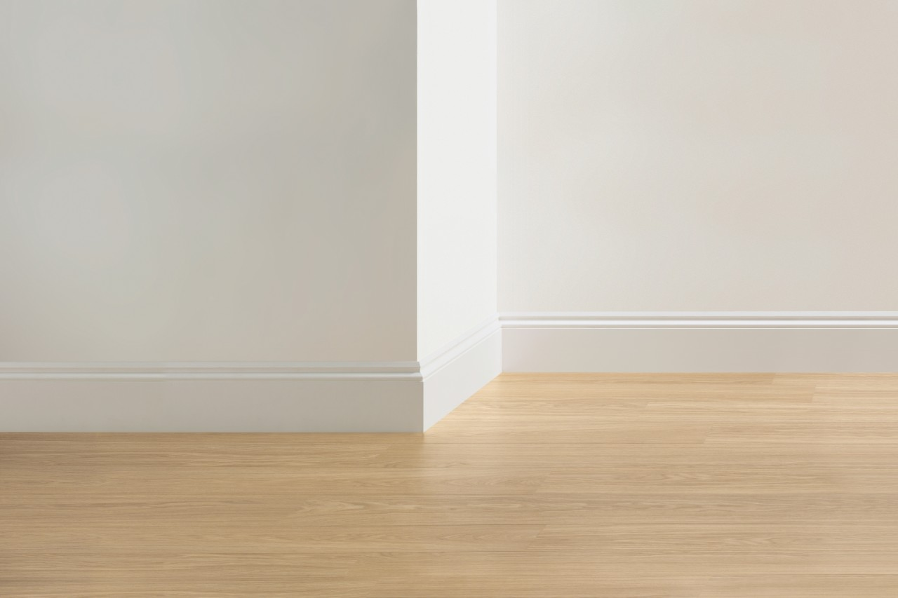 QSISKROGEE Laminate Accessories Paintable Skirting Board Ogee QSISKROGEE