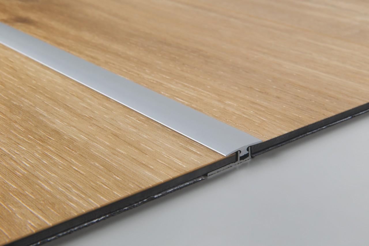 joint de dilatation parquet stratifi joint de dilatation parquet stratifi with joint de. Black Bedroom Furniture Sets. Home Design Ideas