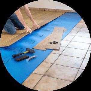 O pavimento em vinil é ideal para renovações