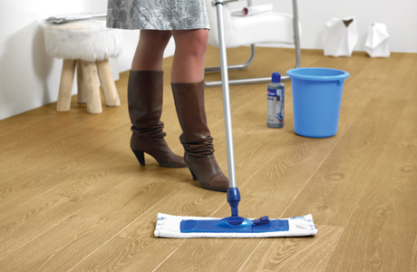 how to clean vinyl floors with grooves