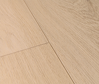 Vinyl flooring with natural wood structure