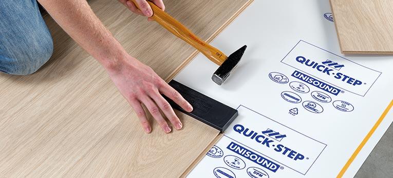 quels outils pour poser mon sol quick step. Black Bedroom Furniture Sets. Home Design Ideas