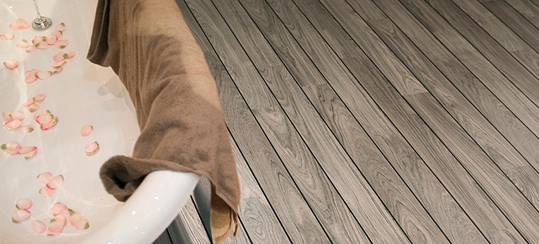 A ship deck laminate floor is the perfect fit for your bathroom