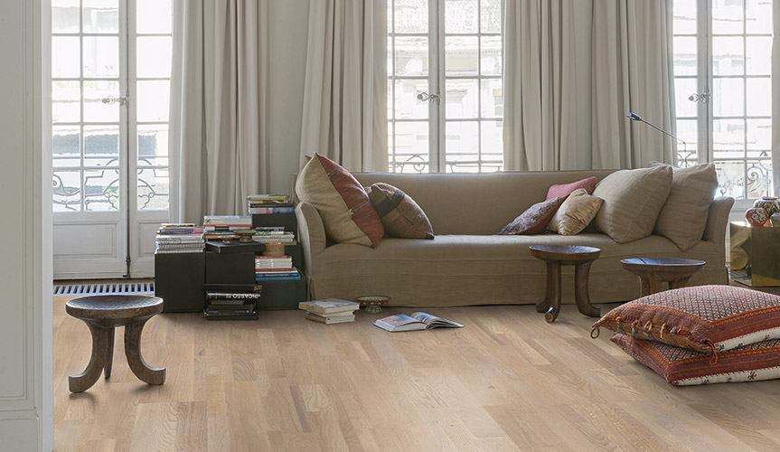 vinyl flooring living room. Look for a floor that feels as warm and soft it looks  without compromising on durability A can bring your living room to life Choosing the ideal flooring Quick Step co uk