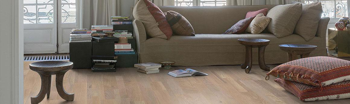 Reclaimed Wood Flooring Authentic Unique Beautiful Laminate