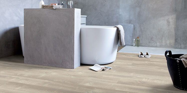 Why vinyl flooring is the perfect choice for your bathroom