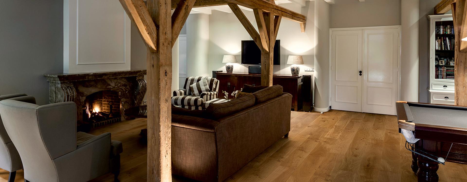 Hoe gebruik je donkere vloeren in je interieur for Interieur vloeren